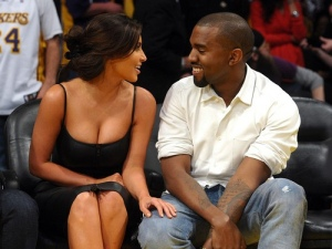 Kim Kardashian, Kanye West, Keeping up with the Kardashians, My Perfect Bitch